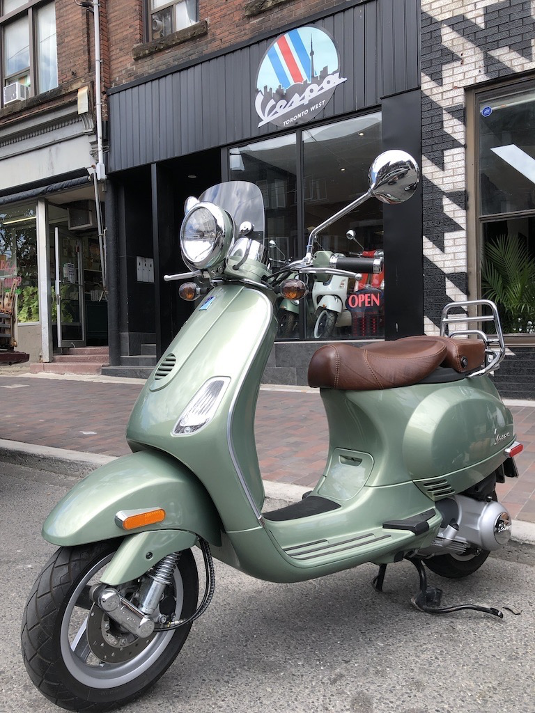 Vehicles 2010 Vespa LXV150 Portofino Green w/4050km