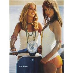 Lifestyle Poster, Vespa Girls