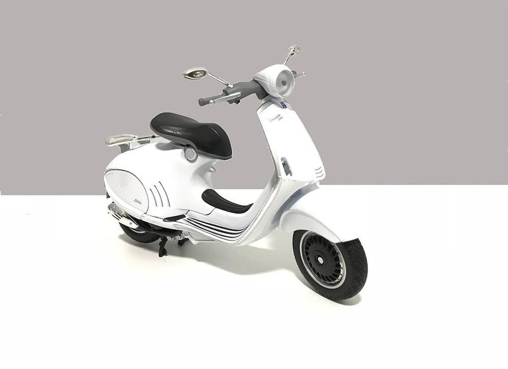 Lifestyle Toy, Vespa 946 White 1:12 Scale