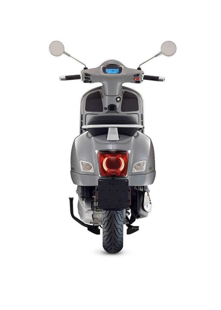 Vehicles Vespa, 2021 GTS300 HPE SuperTech