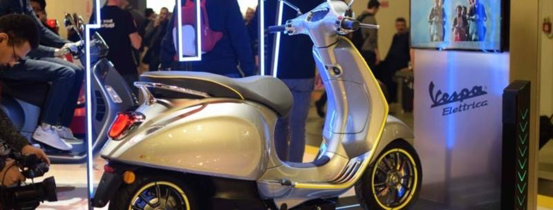 Vehicles Vespa, 2021 Electtrica Silver - ONLY BY PREORDER