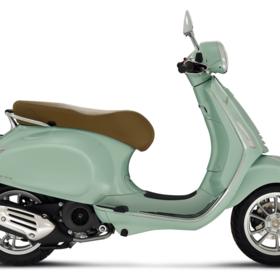Vehicles 2021 Vespa Primavera 150 i-GET Verde