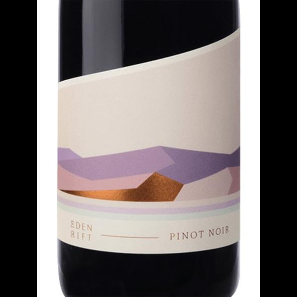 Eden Rift Estate Pinot Noir 2017<br /> Cienega Valley, Central Coast, California<br /> 91pts-WE