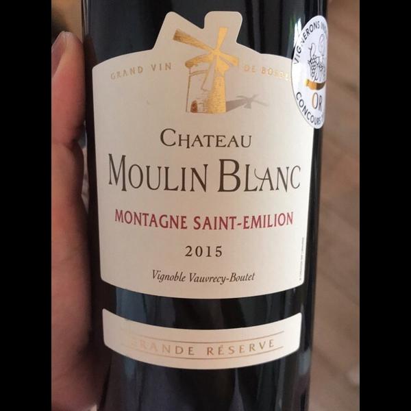 Ch. Moulin Blanc Montagne Saint-Emilion 2015<br /> Bordeaux, France