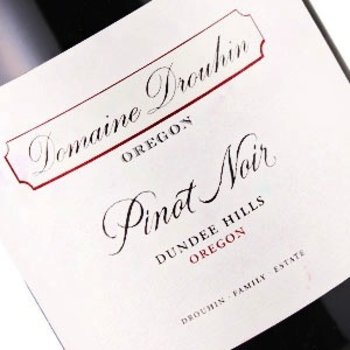 Dm Drouhin-Ore Domaine Drouhin Dundee Hills Pinot Noir 2016<br />Dundee Hills, Willamette Valley, Oregon<br /> 96pts-JS, 91pts-WA, 91pts-WE