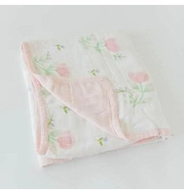Little Unicorn Little Unicorn Deluxe Muslin Quilt Pink Peony