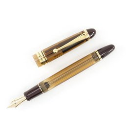 Pilot Custom 823 Amber Fountain Pen