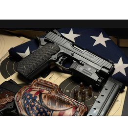 Carolina Arms Group Carolina Arms Group Patriot 9mm Commander Black PVD 25LPI Checkering FS&MSH Bull Barrel Bobtail Custom Carbon Fiber Grips 2-Magazines