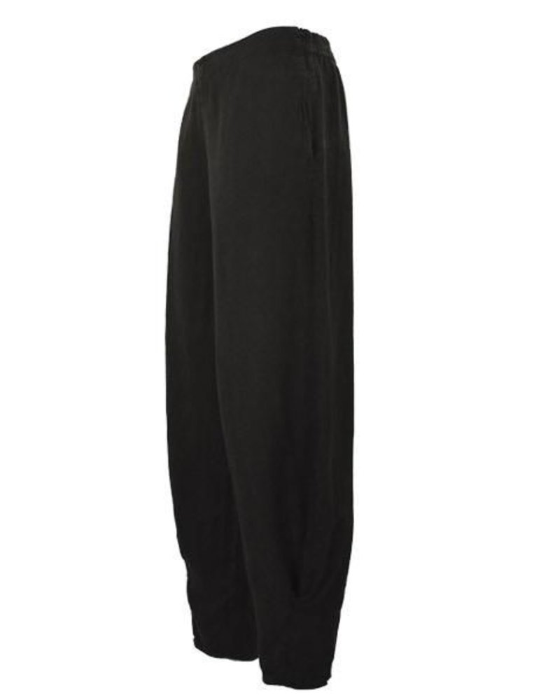 Griza Linen Ankle Pant In Black