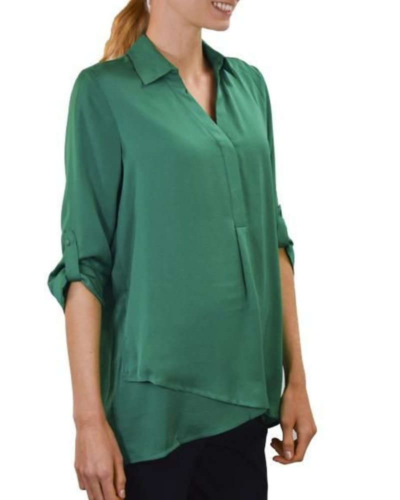 Renuar Renuar's Soft And Beautiful Blouse In Emerald