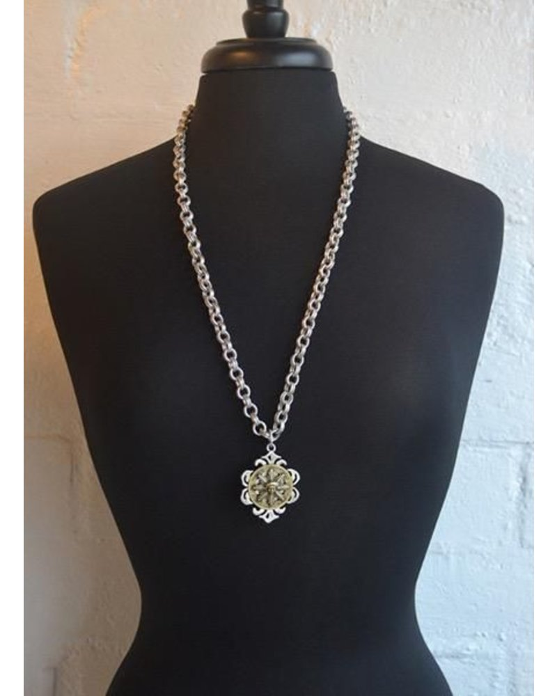 French Kande French Kande Provence Chain & Sun King Medallion