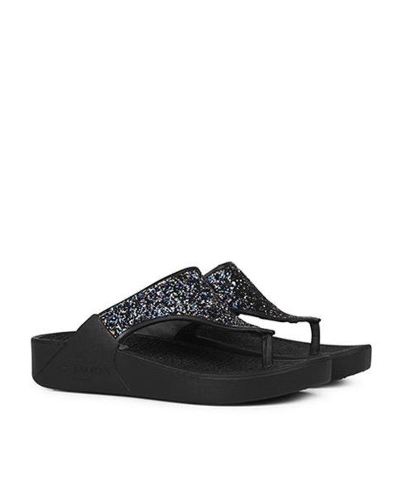 91affa88290 Ilse Jacobsen Cherry Sparkly Flip Flops In Black