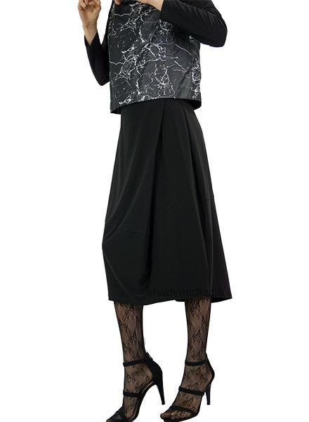 Comfy's Sun Kim Finna Skirt In Black