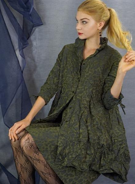 Comfy's Sun Kim Armond Shirt In Spot Jacquard