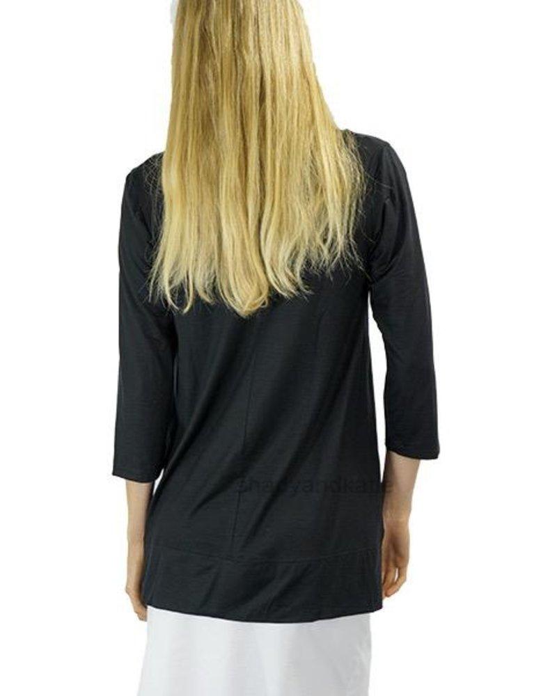 Just Jill Leslie Tunic In Black