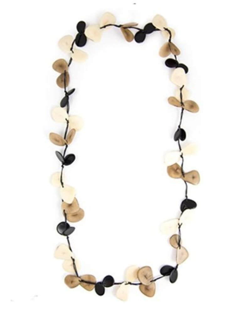 Tague Slice Necklace In Black Combo