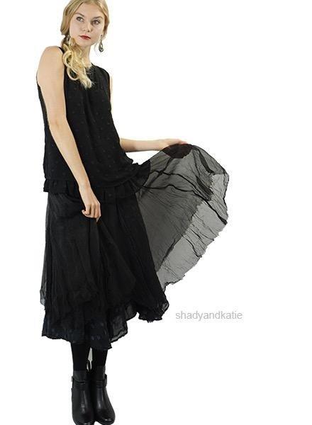 Griza Layered Dot Skirt In Black