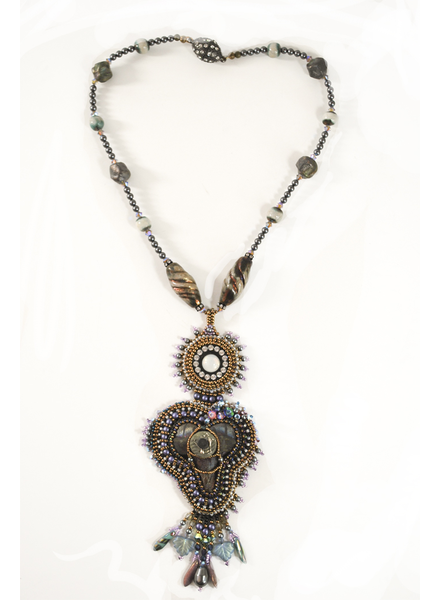 The Art Of Joyce Romance In The Pacific Beaded Necklace