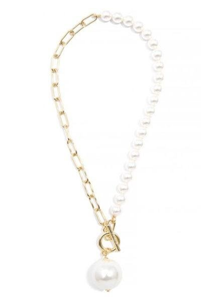 Zenzii Oversized Pearl Necklace