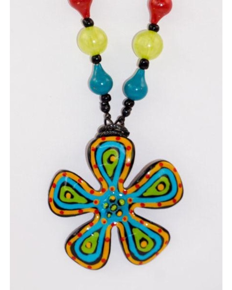Treska Flower Power Necklace
