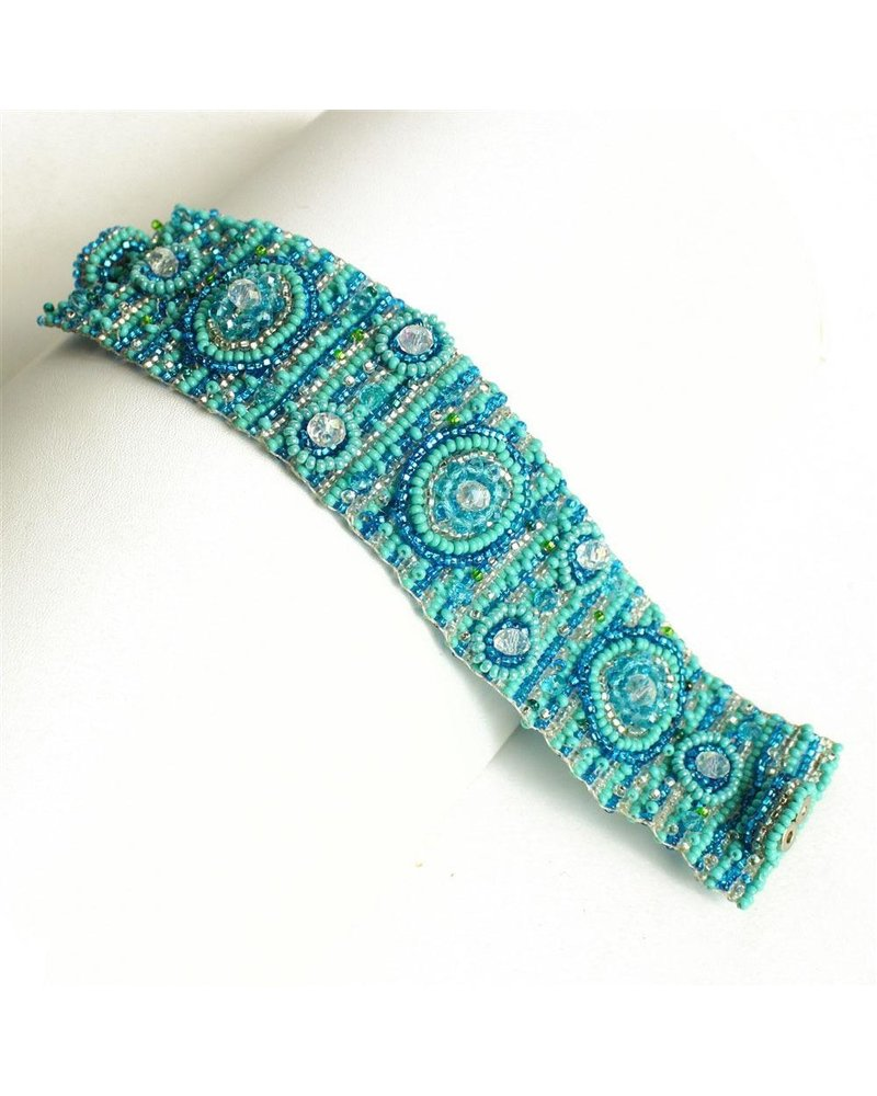 Nine Circle Magnetic Bracelet In Turquoise