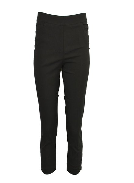 Renuar Magic Capri Pant In Black