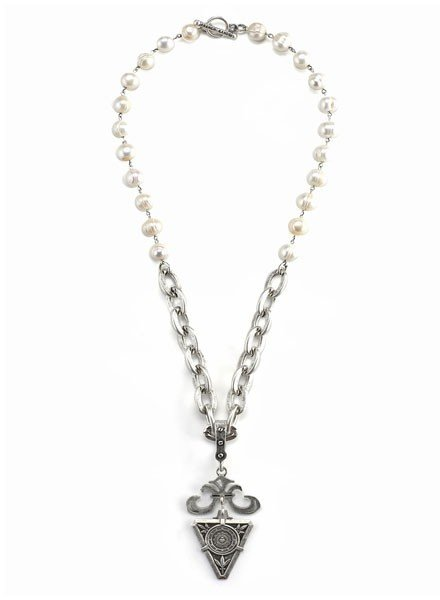 French Kande French Kande Pearl and Silver Lourdes Chain With De La ville Medallion
