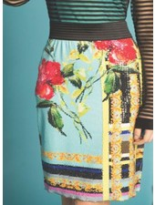 Petit Pois Straight Skirt From The Versailles Collection