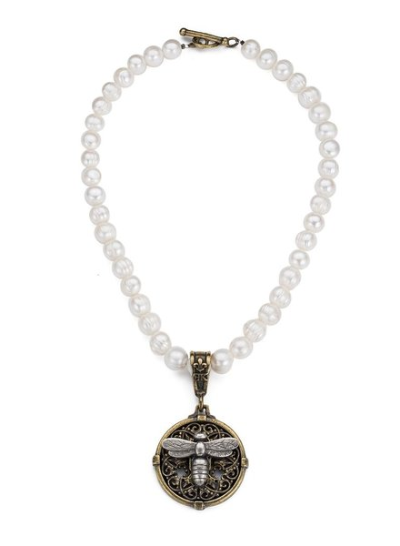 French Kande French Kande Miel Stacked Medallion on White Pearl With Smooth Avignon Bezel