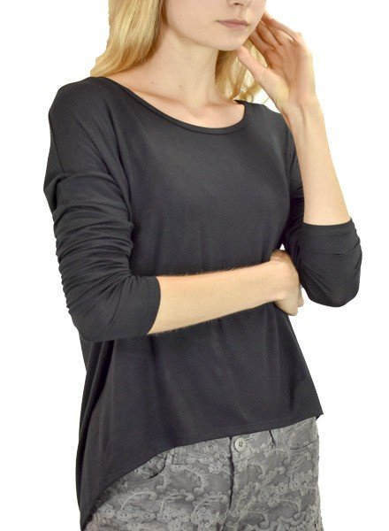 Heliotrope Top In Black