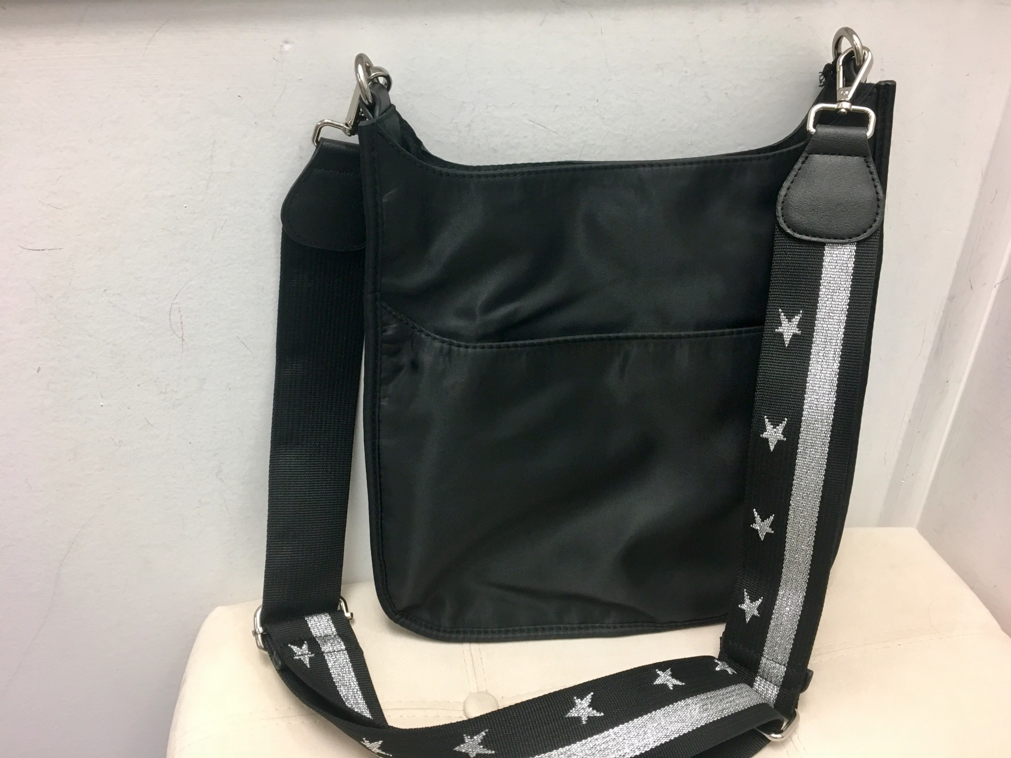 Messenger Handbags