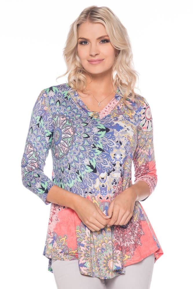 Printed V Neck 3/4 Sleeve Top
