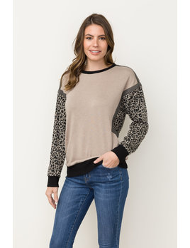 Animal Print Oversized Sweatshirt