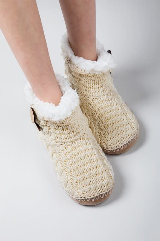 Button Knit Slippers