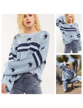 Star Sweater with Wide Sleeves