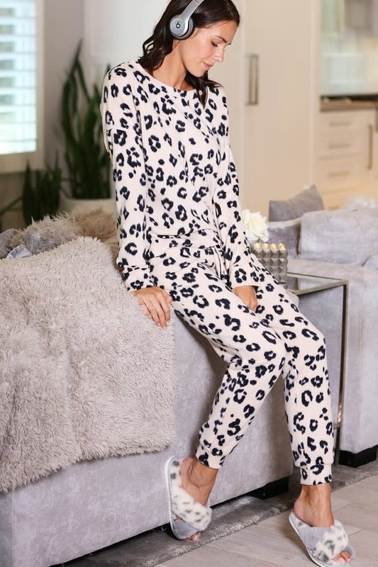 Leopard Print Lounge Wear Set