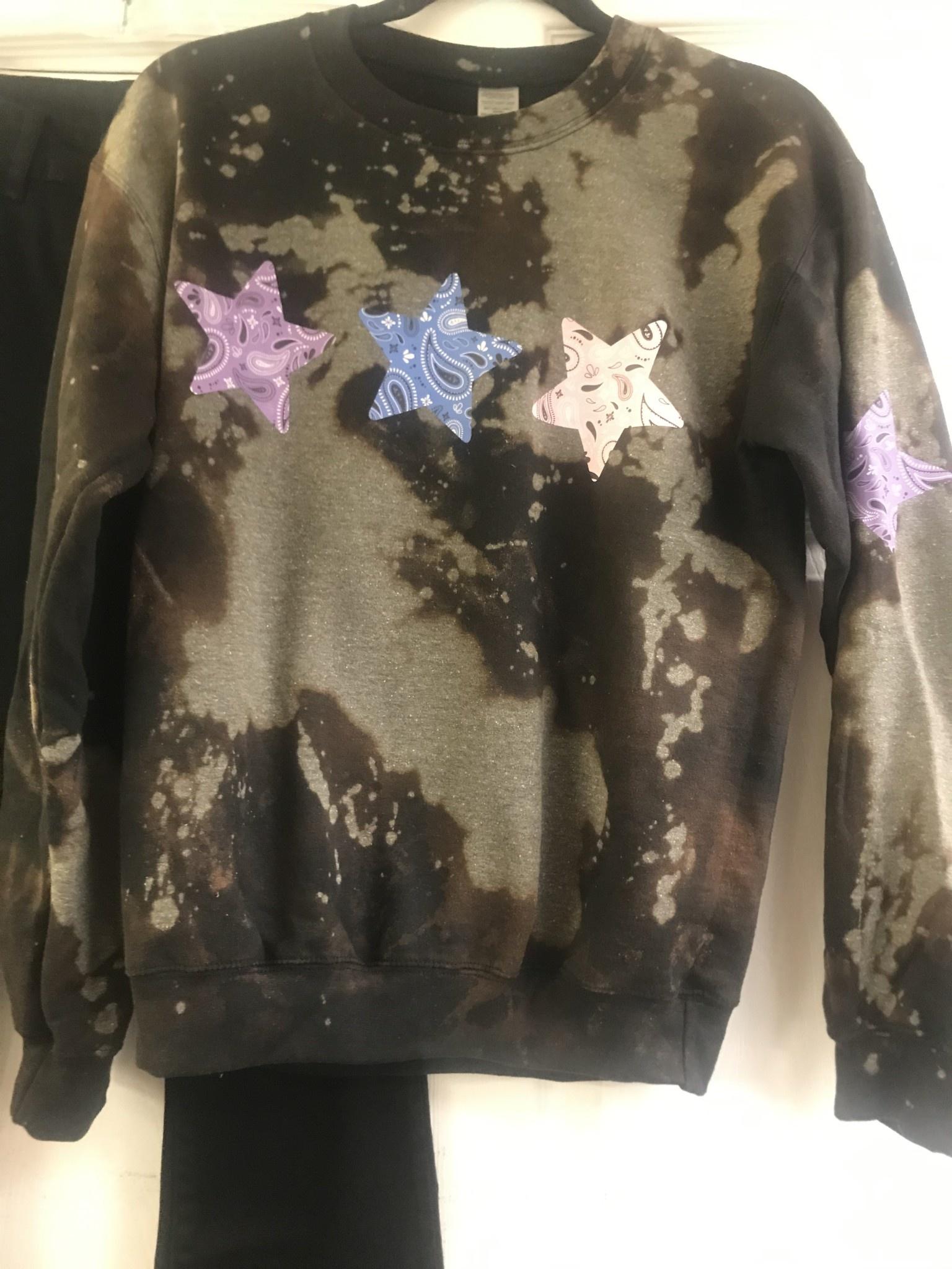Bandana Star Crew Sweatshirt