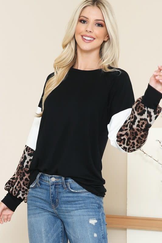 Leopard Detail color Block Top