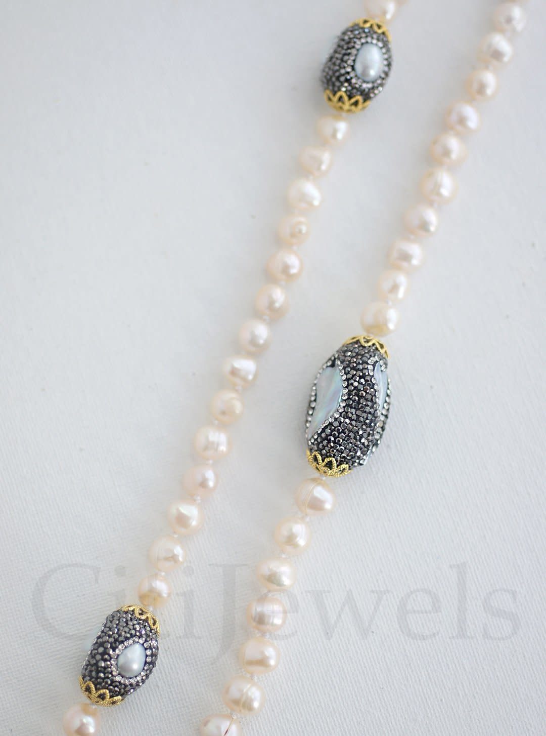 """40"""" Crystallized Necklace W/ Gold Detail"""