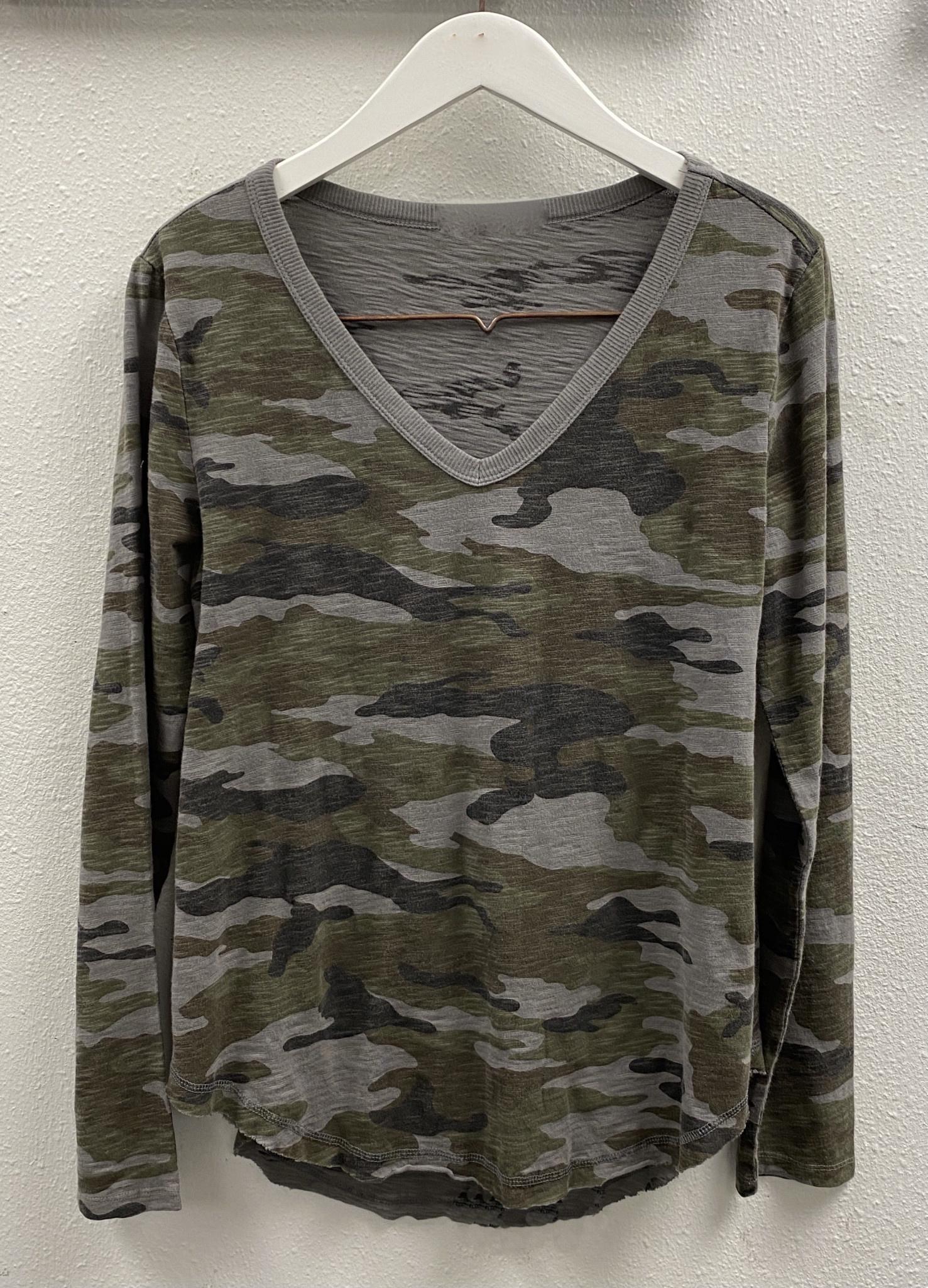 Camouflage V Neck L/S Top