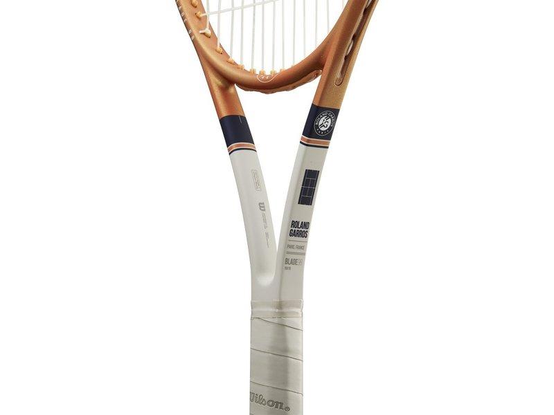 Wilson Blade 98 v7 16x19 Roland Garros Tennis Racquet