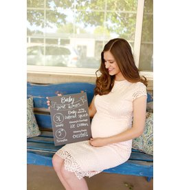 Love Designs Pregnancy Milestone Sign (11 x 14in)