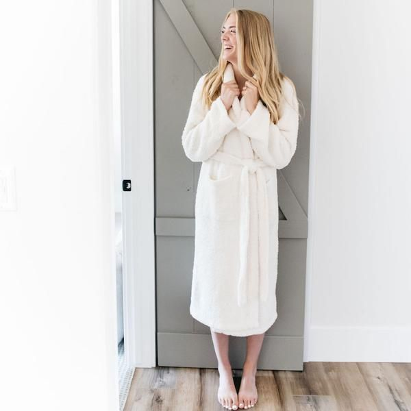 Saranoni Adult Chenille Robe - Ivory (Small/Med)
