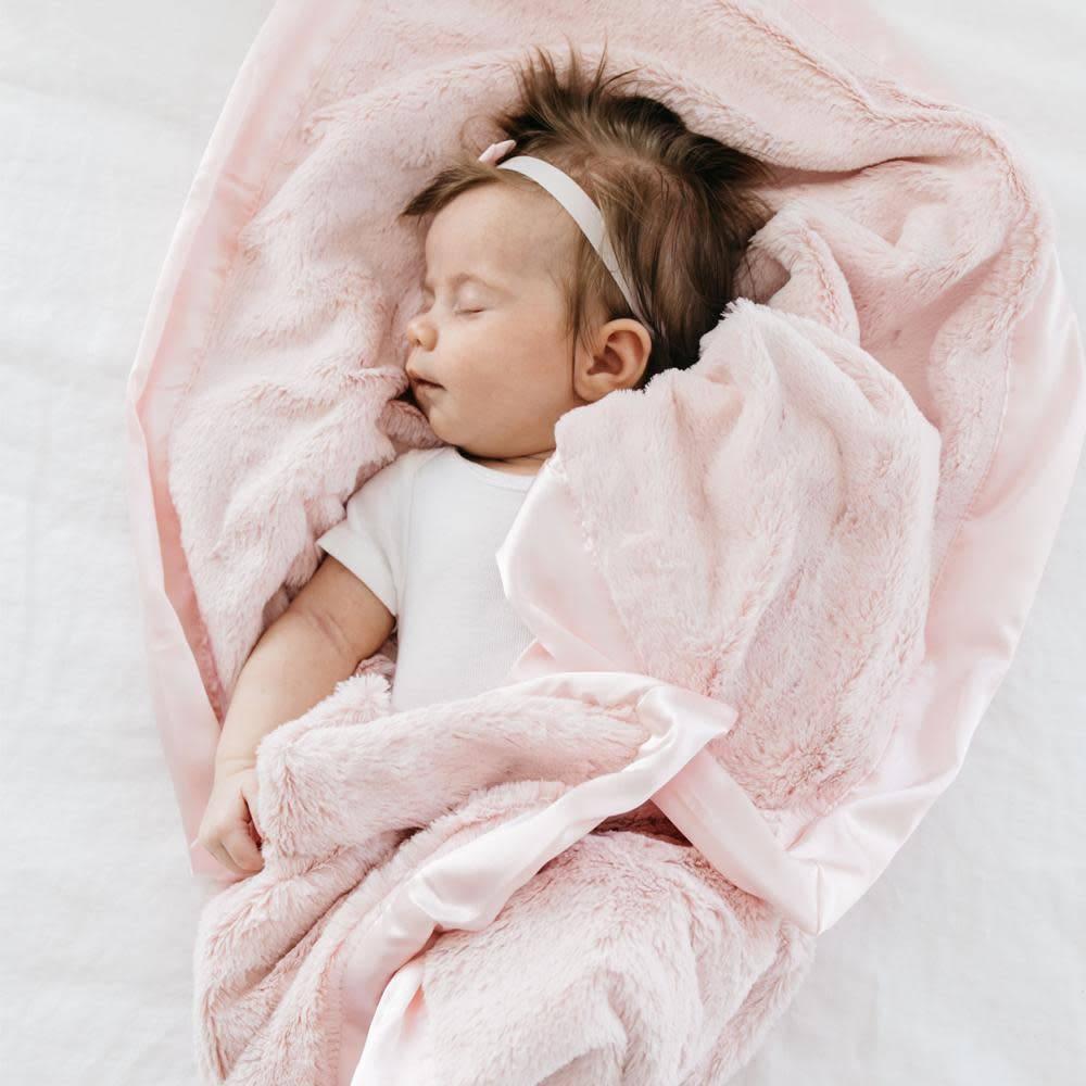 "Saranoni Receiving Blanket (30"" x 40"") Light Pink Lush Satin Border"