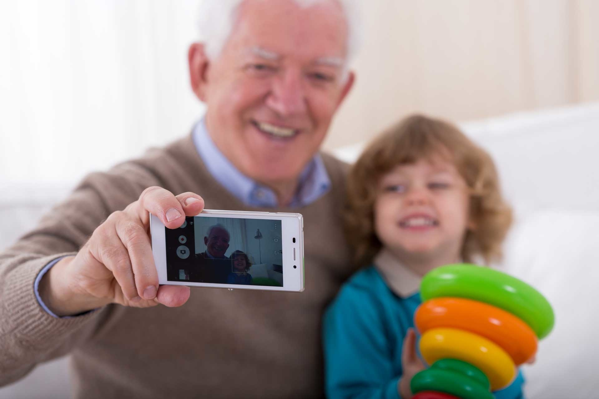 10 Ways to Connect: Long Distance Grandparenting