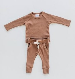 Tea Collection Organic Cotton Ribbed Two-Piece Pocket Set - Rust