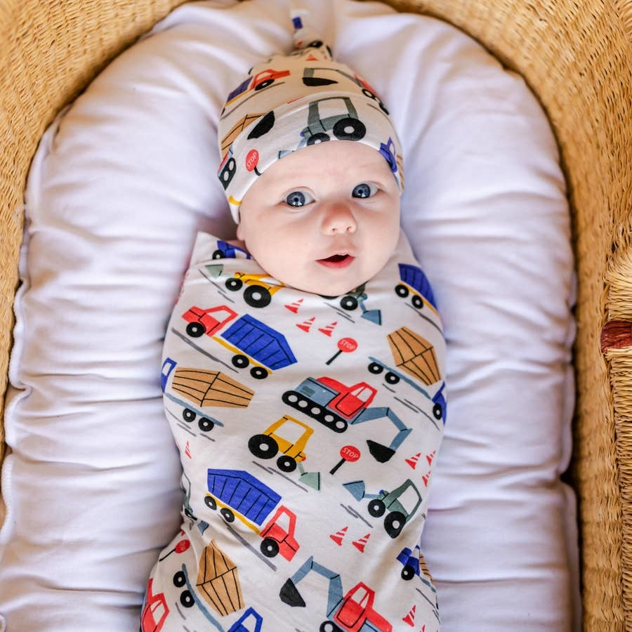 Little Sleepies Bamboo Swaddle & Knotted Hat Gift Set Construction