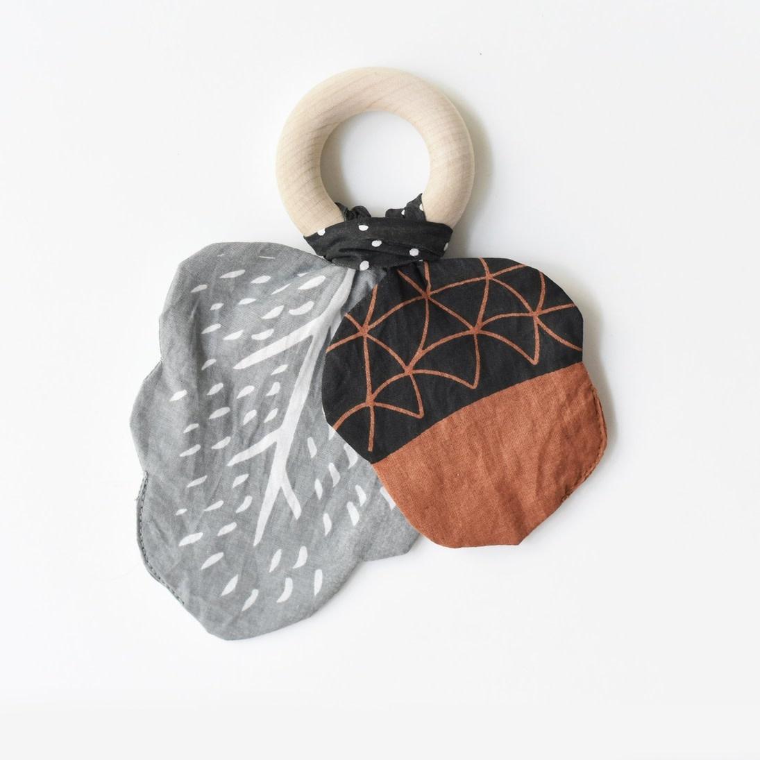 Wee Gallery Crinkle Teether - Acorn