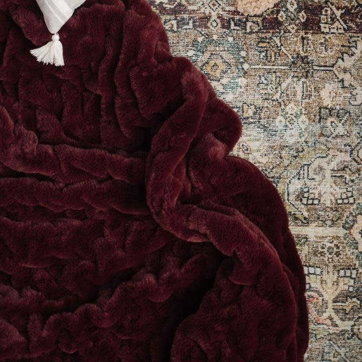 Saranoni Cranberry Ruched Minky Throw
