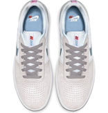 Nike Team Classic